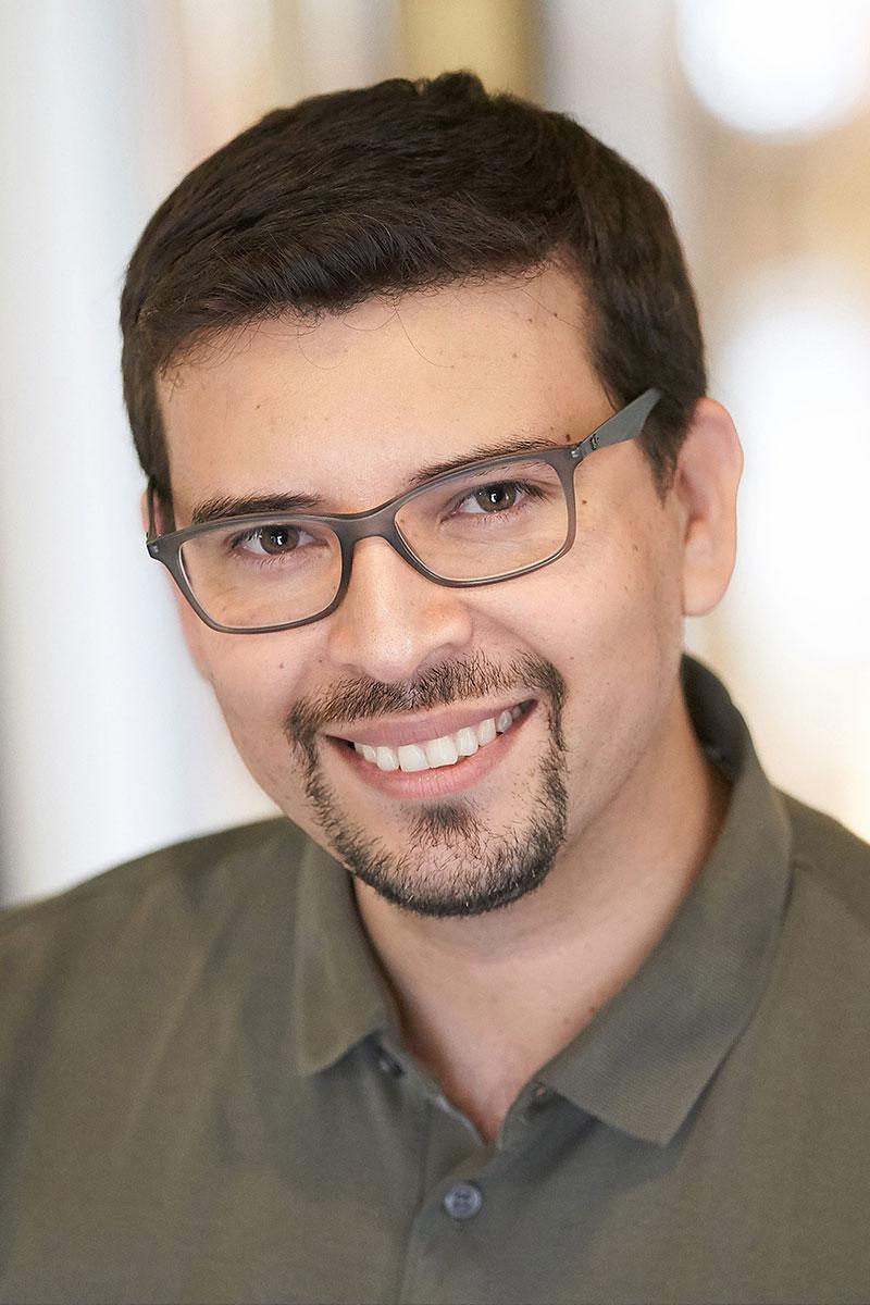 Daniel Acuña