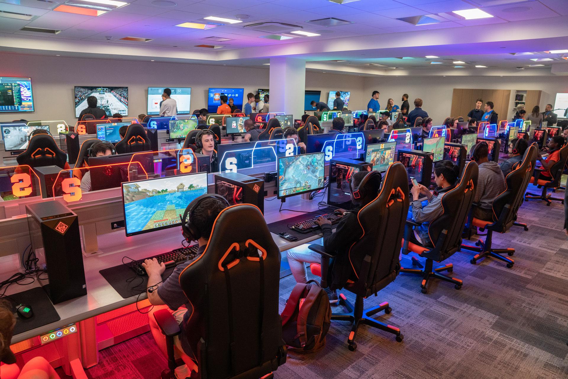 SU Gaming Room Barnes Center